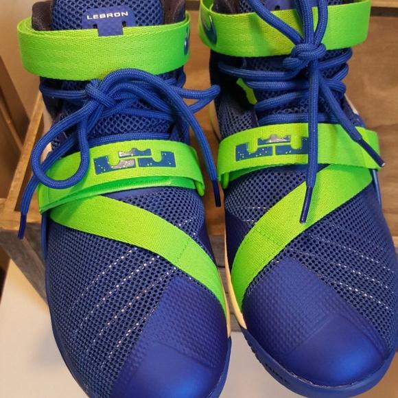 b25e9efe634 Nike Lebron Soldier IX SZ 7Y 776471-441. M 5b6cf339534ef966504454c9